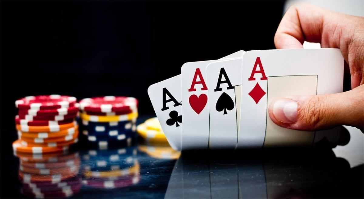 Online Poker The Tale