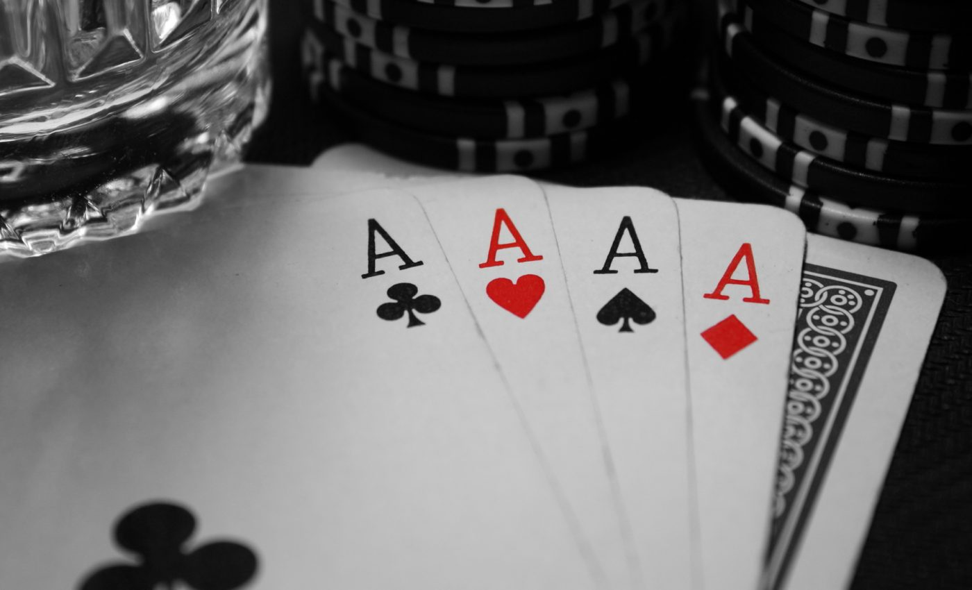 Highly Effective Suggestions That Will Help You Online Gambling